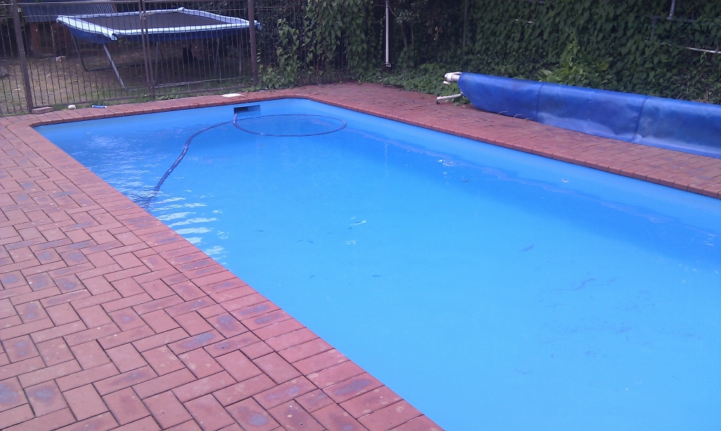 Bring your pool back to life with a coat of paint