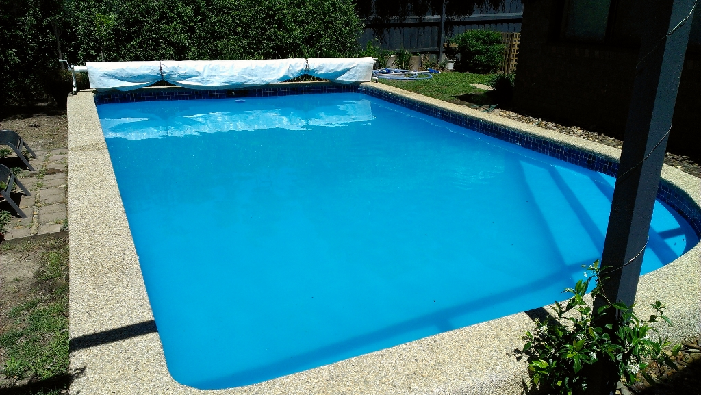 Painting of inground pool eltham pool renovation melbourne for Pool design eltham
